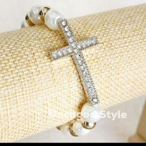 NWT Sideways Silver Cross Pearly Bracelet